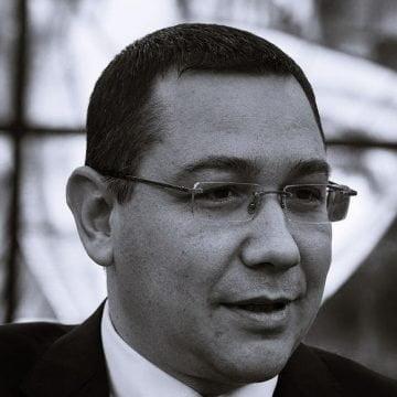 """Ponta îl atacă pe Vlad Voiculescu """"Asta e trădare, te-ar împușca în orice țară normală. Noi îl jeluim"""""""