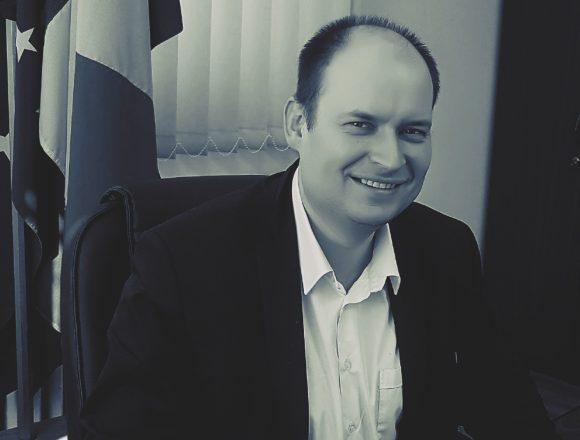 Szép Róbert, omul de încredere al lui Tanczos Barna, a prezentat planul de ucidere a urșilor adoptat de Guvern