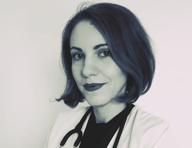 """""""Am pierdut 11 ani din viață învățând niște lucruri pe care nu le pot aplica"""" – Spitalul Județean din Alexandria a angajat nefrolog fără a avea Compartiment de Nefrologie"""