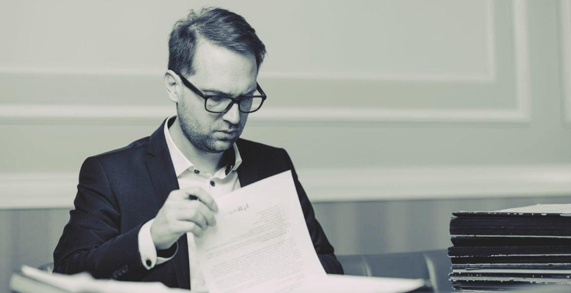 Dominic Fritz suspectează o rețea de fraudare a concursurilor de angajare în Primăria Timișoara